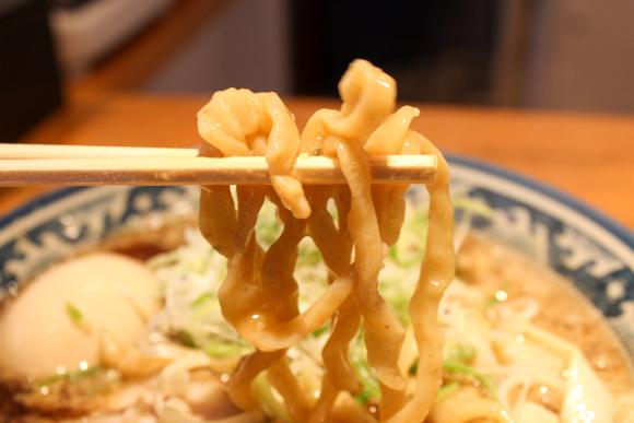 高槻の人気ラーメン店『麺屋 八海山』