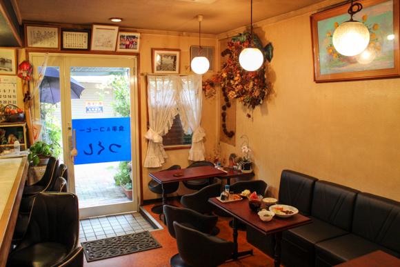 高槻の昭和レトロな喫茶店『つくし』