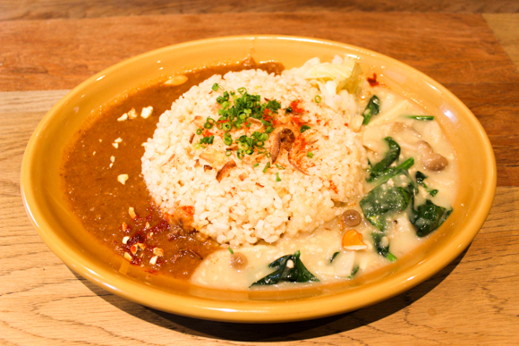 高槻にある燻製専門店『fumo』で燻製カレーを食す!