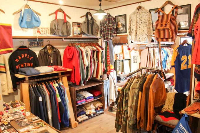 高槻にあるアメリカで仕入れた古着と雑貨を扱うお店『NOTE』