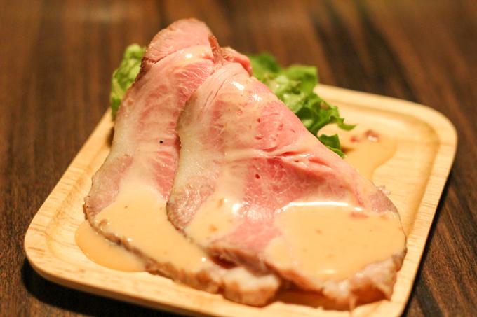 美味しいお肉をリーズナブル食べる!『鉄板バルJyu高槻店』