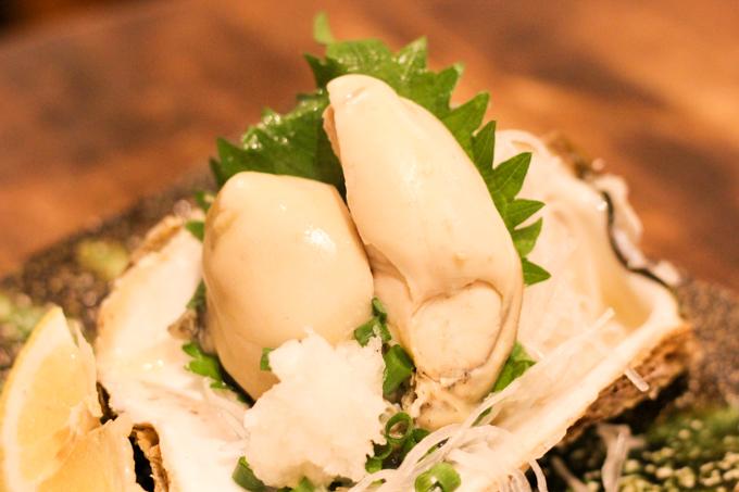 高槻にある牡蠣と鯖寿司が美味しいお店『蠣鯖人酒 宇久』