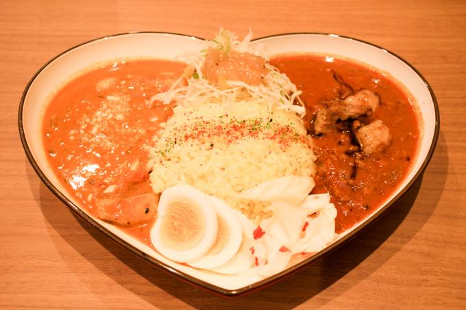 【ランチ限定】高槻の人気もつ鍋屋で食べるスパイスカレー『東屋 ふたば店』