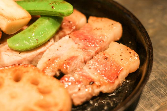 【高槻】藏尾ポーク(バームクーヘン豚)が食べられる鉄板焼き屋『ひまわり』