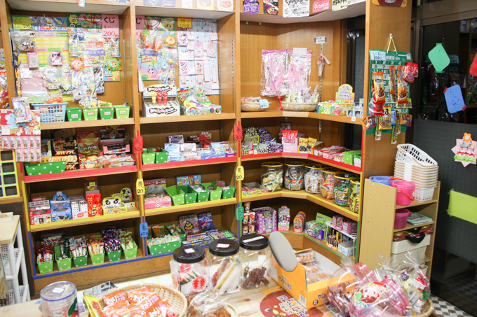 夜も営業!高槻にある大人も楽しめる駄菓子屋カフェ『笑和(しょうわ)』