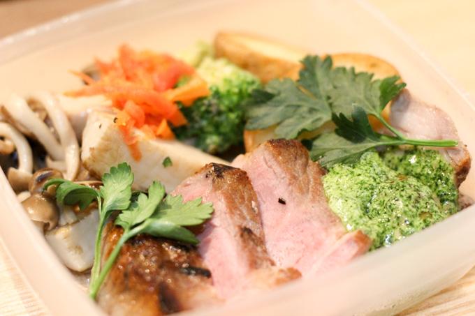 【高槻】食のセレクトショップとカフェのお店『FOR THE TABLE』で食べるお惣菜。