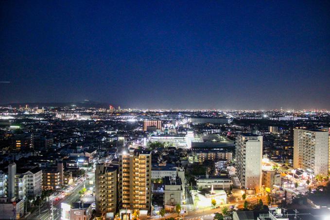 【高槻の夜景スポット】高槻市役所総合センターR階展望フロア(入場無料)