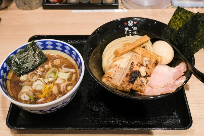 エミル高槻にある『麺屋たけ井』で食べる濃厚魚介豚骨スープの特製つけ麺!